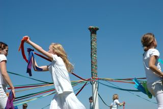 This was my favourite photo of the day, the Maypole Dance